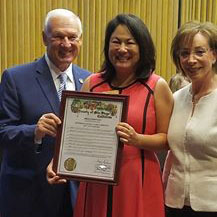 Photo of Supervisor Roberts presenting proclamation to Walden's Teresa Stivers and Arlene Lieberman